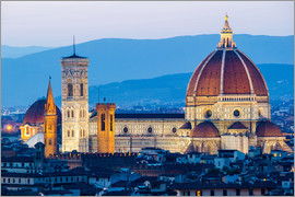 Click Alps - Florence, Tuscany, Italy, Cytiscape with the Cathedral and the Brunelleschi Dome, Giotto Tower at su