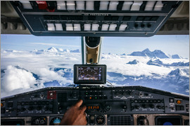 Alejandro Moreno de Carlos - Airplane cockpit - Flying over mountain peaks in Himalaya