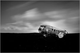 Muharrem Ünal - Airplane wreck on Iceland