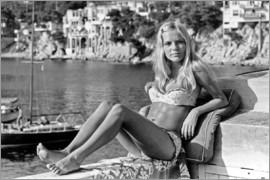 France Gall during Holidays on The Riviera