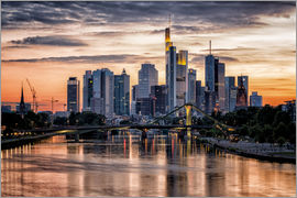 Frankfurt am Main Sehenswert - Frankfurt Skyline Sunset Skyscrapers