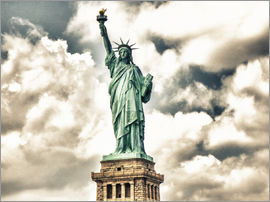 Statue of Liberty - symbol of New York