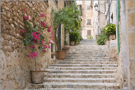 Ruth Tomlinson - Gasse in Fornalutx, Mallorca