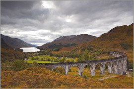 Julian Elliott - Glenfinnan Viaduct in the Scottish Highlands