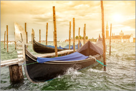 Gondolas in the wind