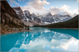 Matteo Colombo - Autumnal sunset at Moraine lake, Canada