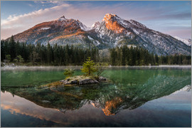 Martin Wasilewski - Hochkalter reflection at lake Hintersee