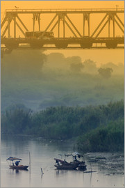 Alex Robinson - Iron bridge over the Red River in Hanoi, Vietnam, Indochina, Southeast Asia, Asia