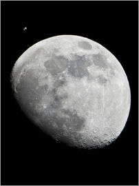 Nasa - ISS and the Moon