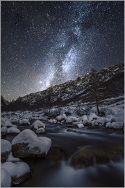 age fotostock - Italy, Piedmont, Cuneo District, Gesso Valley, Alpi Marittime Natural Park, winter starry night on t