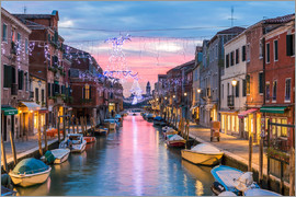 Matteo Colombo - Canal in Venice decorated for Christmas