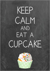 GreenNest - Keep calm and eat a cupcake on chalkboard