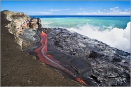 David Nunuk - Lava flowing into ocean, Hawaii
