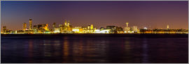 Thomas Hagenau - Liverpool skyline at night Panorama