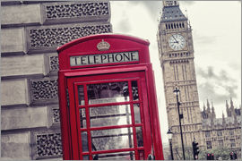 rclassen - London red telephone cell with Big Ben