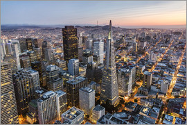Matteo Colombo - Aerial of San Francisco downtown at dusk, USA