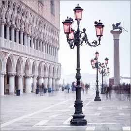 Jan Christopher Becke - St. Mark's Square in Venice in Winter