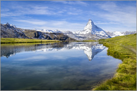 Jan Christopher Becke - Matterhorn and Stellisee in the Swiss Alps, canton of Valais, Switzerland