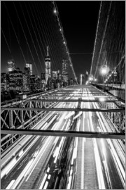 newfrontiers photography - Traffic on Brooklyn Bridge - NYC (monochrome)