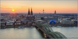 Michael Valjak - Panorama view of Cologne at sunset
