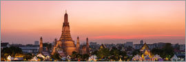 Matteo Colombo - Panoramic of Wat Arun temple at sunset, Bangkok, Thailand