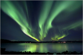 Arild Heitmann - Aurora Borealis over Tjeldsundet in Troms County