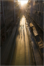 Folio Images RF - Portugal, Lisbon, Silhouettes of four pedestrians crossing empty street