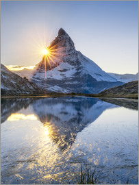 Jan Christopher Becke - Riffelsee and Matterhorn in the Swiss Alps