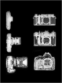 PhotoStock-Israel - X-ray of a digital camera