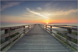 Dennis Stracke - Schoenberger beach jetty at sunrise