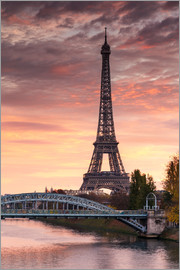 Matteo Colombo - River Seine and Eiffel tower at sunrise, Paris, France