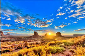 imageBROKER - Sunrise, mesas West Mitten Butte
