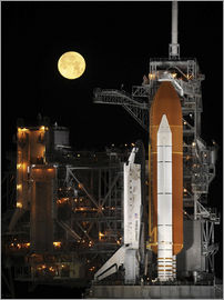 Stocktrek Images - Space shuttle Discovery is on Launch Pad