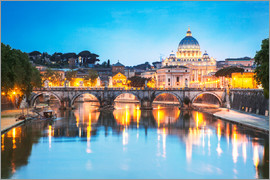 Matteo Colombo - St Peter's basilica and Tevere river illuminated at dusk, Rome, Italy