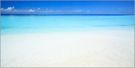 Matteo Colombo - Panoramic of tropical beach and turquoise sea, Maldives