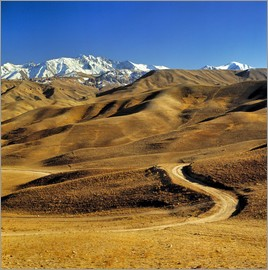 Ric Ergenbright - Road leads to the Hindu Kush