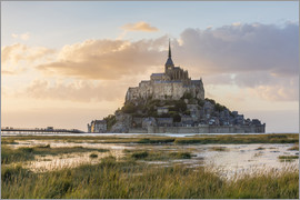 Click Alps - Sunset light. Mont-Saint-Michel, Normandy, France.