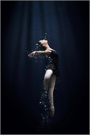 Semra Halipoglu - Dance In The Water