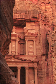 Eleanor Scriven - The Treasury (Al-Khazneh), seen from the Siq, Petra, UNESCO World Heritage Site, Jordan, Middle East