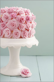 Elisabeth Cölfen - Cake with roses made of sugar