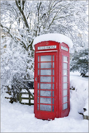 Stuart Black - Traditional British red telephone box covered in winter snow, Snowshill, Cotswolds, Gloucestershire,