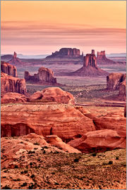 Ann Collins - USA, Arizona, Monument Valley Navajo Tribal Park, View from Hunt's Mesa at dawn