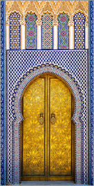 Brenda Tharp - Detail of the King's Palace ornate doors, Morocco