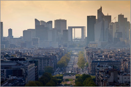 Cubo Images - View of The Defence from the Arc of Triomphe, Paris, France, Europe