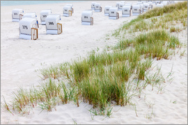 Christian Müringer - Beach chairs in white sand at the Batic Sea (Germany)