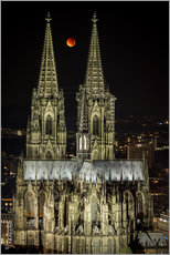 Gallery print  Blood moon shines over Cologne Cathedral - rclassen
