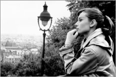 Wood print  Audrey Hepburn looking into the distance - Celebrity Collection