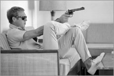 Wood print  Steve McQueen with Revolver - Celebrity Collection