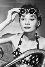 Canvas print  Audrey Hepburn with sunglasses - Celebrity Collection