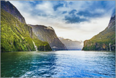 Canvas print  Breathtaking scenery in the Milford Sounds - Igor Kondler